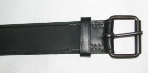 Blackened roller buckle belt